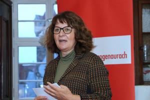 Wie immer souverän und kurzweilig: Martina Stamm-Fibich bei der Laudatio