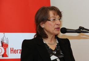 Die 2. Bürgermeisterin Renate Schroff lieferte mit ihrem Grußwort die Vorlage für die Gastrednerin