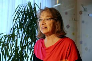 Die Vorsitzende Renate Schroff begrüßt 25 Mitglieder